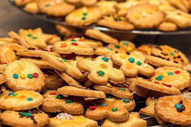 christmas-cookies-1051884640
